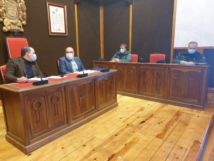 Foto 1 - La Guardia Civil y la Policía Local de El Burgo de Osma se coordinan para proteger a las víctimas de violencia de género