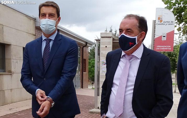 El consejero de Presidencia y el presidente de la Diputación en una imagen reciente. /SN
