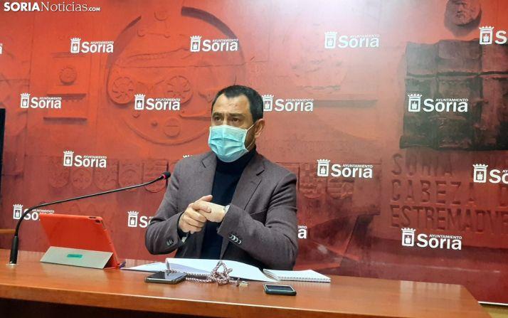Javier Muñoz durante la rueda de prensa.