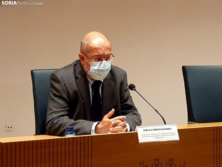 Francisco Igea durante la rueda de prensa.