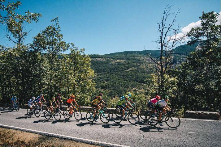 Foto 1 - Vuelta a España: Escaparate para la Laguna Negra y el Yacimiento de Numancia