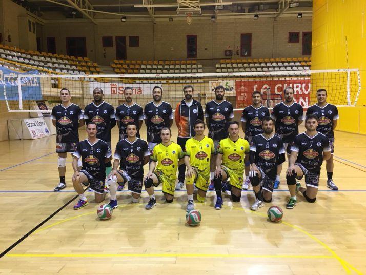 Foto 1 - El Moreno Sáez Sporting pierde ante el CID Jovellanos en Gijón  por 3-0