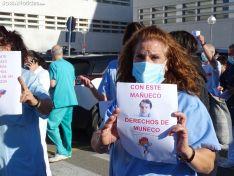 Una imagen de la concentración hoy ante el Santa Bárbara
