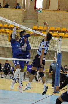 Foto 4 - L´Illa Grau se reivindica en Soria y gana 1-3