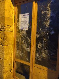 ASOAF denuncia el deteriorado estado del apeadero de tren de Tardelcuende