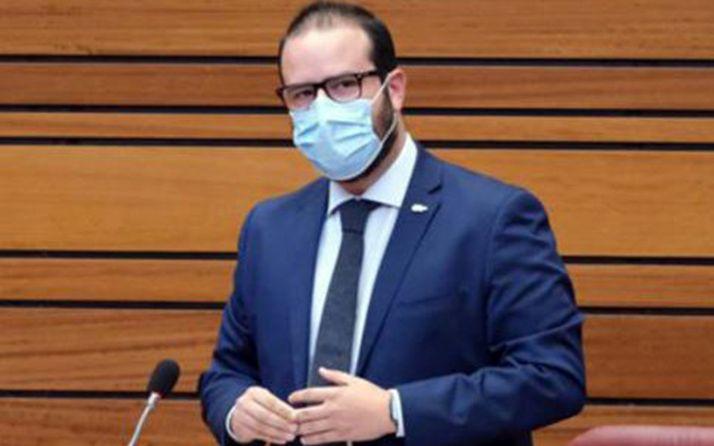 Ángel Hernández, procurador socialista por Soria en una intervención en las Cortes regionales.