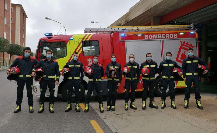 El Ayuntamiento incorpora nueve bomberos al servicio de extinción de incendios de la capital