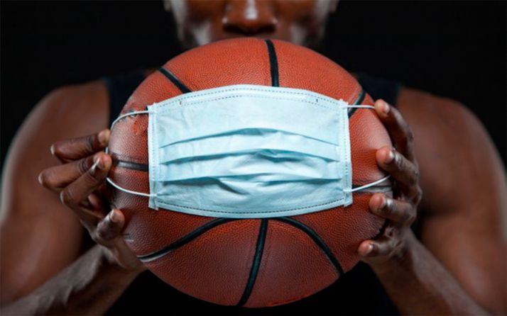 Foto 1 - La Federación regional de baloncesto pospone la competición en categorías inferiores