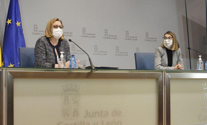 Isabel Blanco y Sandra Ámez en rueda informativa hoy. /Jta.