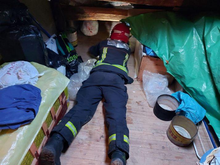 Una imagen de la intervención de los servicios anti incendios. /Dip.