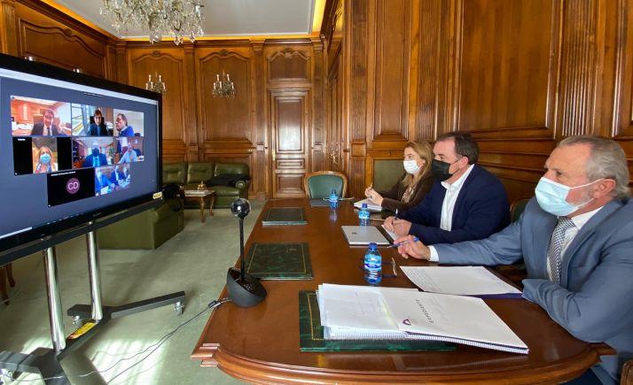 Reunión de la Junta con la Diputación la pasada semana para hablar sobre el Plan Soria.