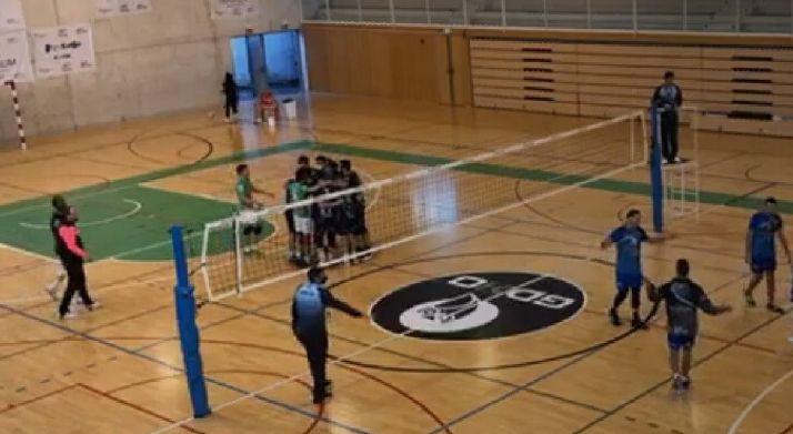 Foto 1 - Victoria contundente del Sporting por 3-0 en Bilbao