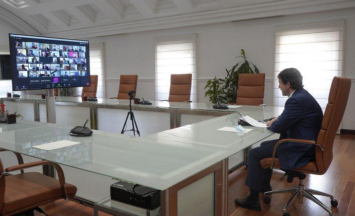 Reunión con los miembros del Consejo Autonómico de Turismo. /Jta.
