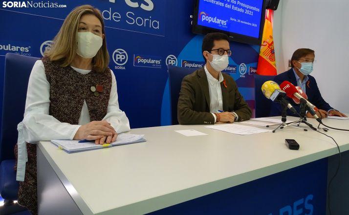 Heredia, Cabezón y Martínez este viernes en rueda de prensa. /SN