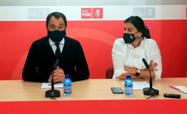 Ana Sánchez y Javier Muñoz en rueda informativa este miércoles.