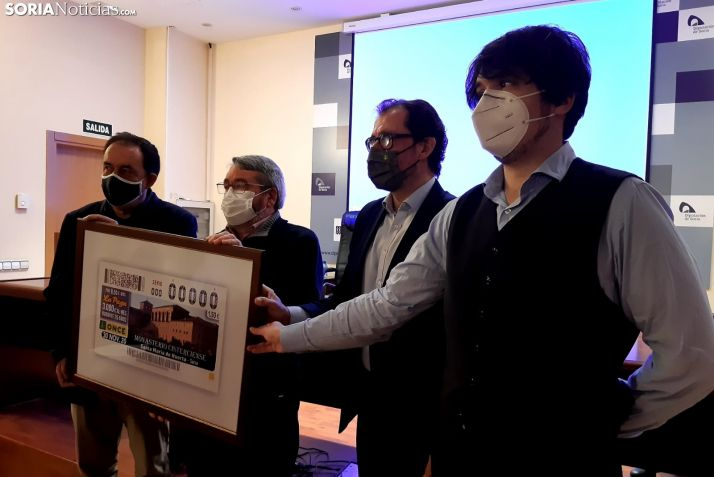Presentación del cupón de la ONCE.