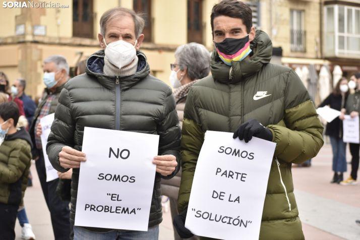 Abel Antón y Dani Mateo apoyan con su presencia la reivindicación de los gimnasios sorianos