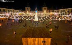 Una imagen del encendido navideño en la Villa Episcopal. /SN