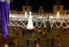 Foto 3 - La plaza Mayor burgense, radiante esta Navidad