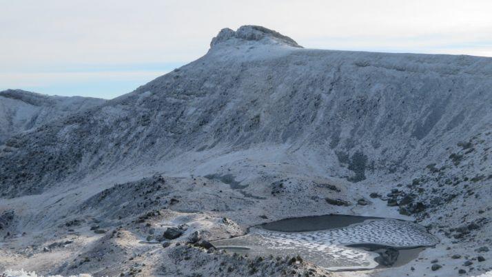 La nieve ya viste de blanco las zonas más altas de la provincia. /Agustín Sandoval