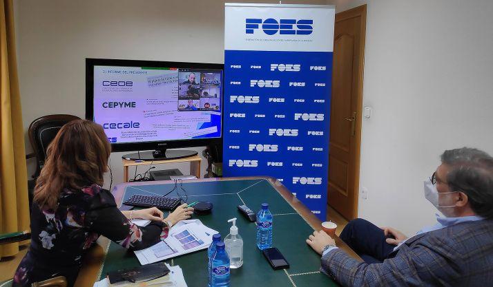 Fernández y Aparicio en la reunión de la asamblea celebrada por la patronal soriana. /FOES