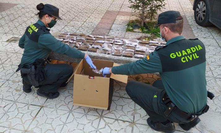 Foto 1 - Detenido cuando viajaba con 6,5 kilos de hachís