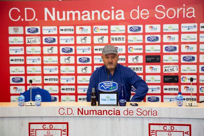 """Foto 1 - Mandiola en la previa ante al Burgos: """"No somos peores que nadie, pero tampoco somos muy superiores a los demás"""""""
