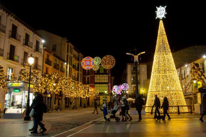 Foto 1 - Castilla y León endurecerá las restricciones para Navidad