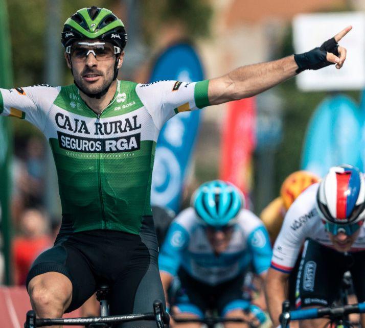 Foto 1 - Seguros RGA, aseguradora de Caja Rural de Soria, renueva su patrocinio con el equipo Caja Rural-Seguros RGA