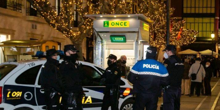 Foto 1 - Dos detenidos y 8 sancionados, balance de la Nochebuena en Soria