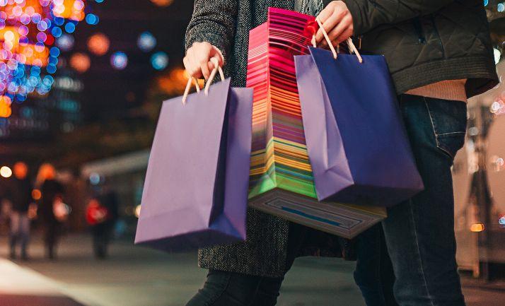 Foto 1 - El Ayuntamiento registra ya más de 20.000 bonos canjeados en comercios locales promoviendo compras por más de 735.000 €