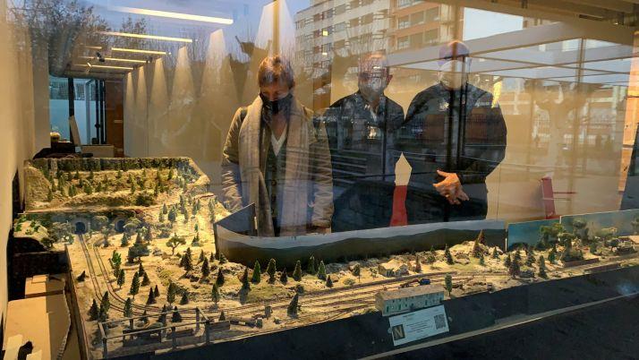 Foto 2 - La Alameda de Cervantes se tiñe de tradición navideña
