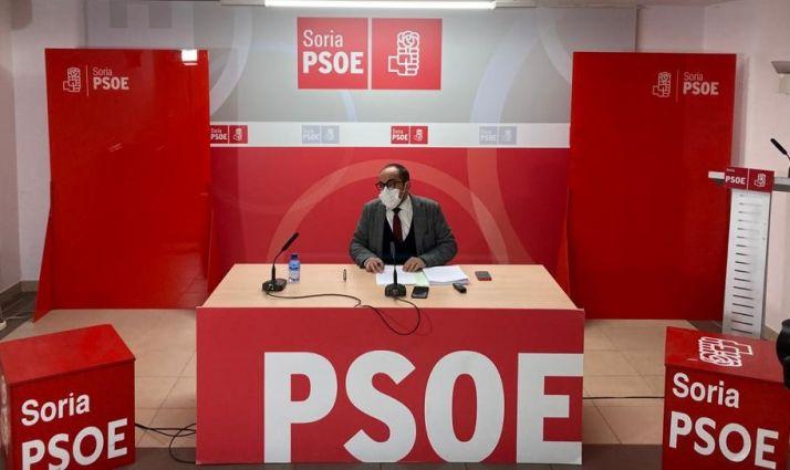 Luis Rey durante la rueda de prensa.