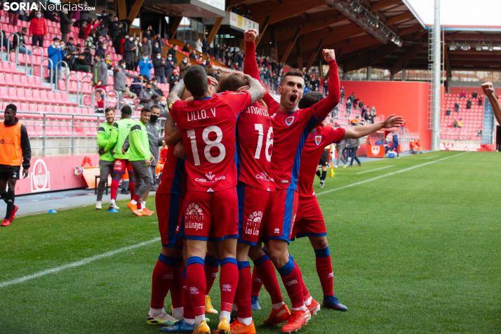 Foto 1 - Copa del Rey: El Numancia barre al Lorca y sueña con un rival de Primera