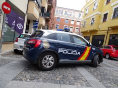 Foto 2 - La Policía Nacional impide que un positivo por covid viaje en autobús hasta Almazán