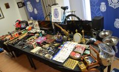 Una imagen de los objetos robados. /CNP