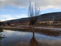 Foto 2 - GALERÍA: Los vecinos de Salduero y Molinos, con el agua hasta las rodillas y cansados de la inacción
