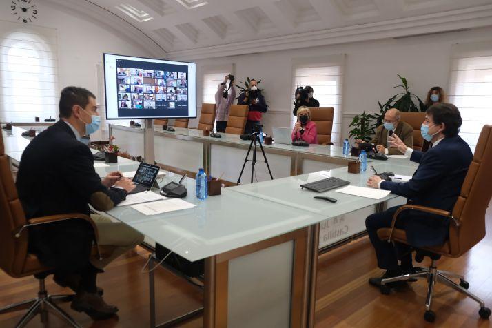Reunión de la Junta con los alcaldes.