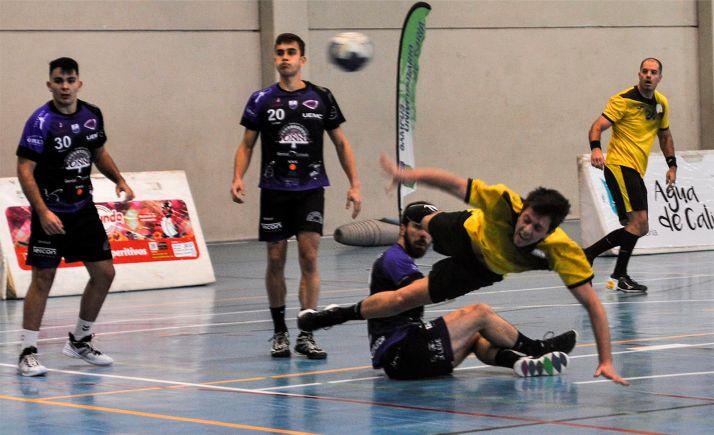 Foto 1 - El BM Soria juega en Santoña