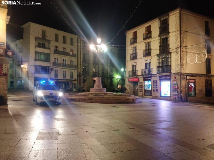 Foto 1 - Policía y Guardia Civil vigilarán que se respete el toque de queda a las ocho de la tarde