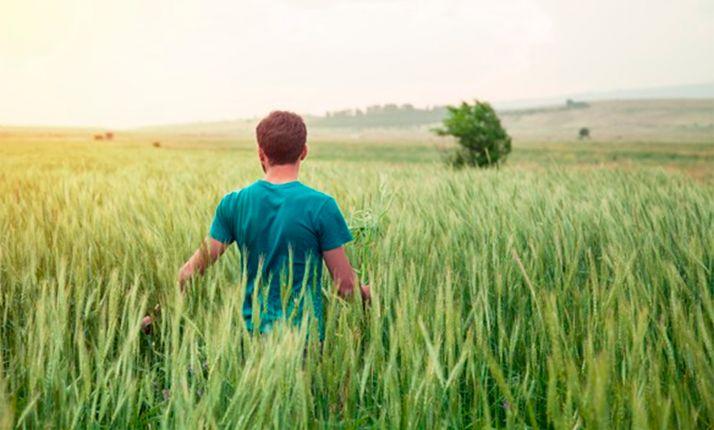 Foto 1 - Caja Rural adelanta la subvención regional para la incorporación de jóvenes al campo