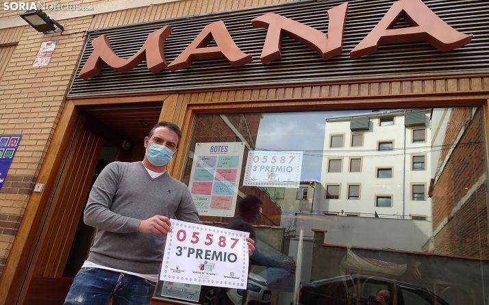 El bar Maná entregó un décimo del tercer premio del Sorteo de El Niño.
