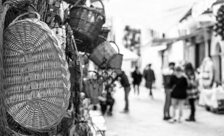 Foto 1 - Suspendido el mercadillo de mañana en Almazán