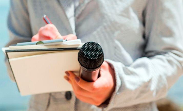 Foto 1 - Los periodistas sorianos reivindican el libre ejercicio de su profesión en estos momentos tan difíciles