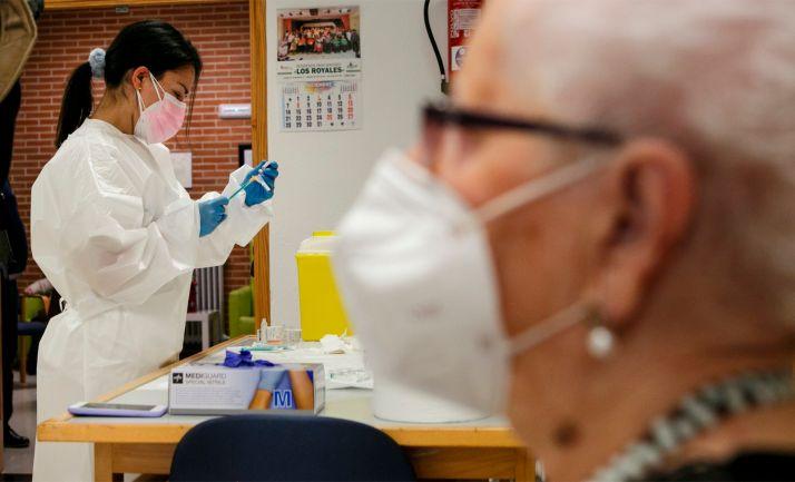 Foto 1 - Coronavirus en Soria: La provincia recibe hoy 975 nuevas dosis frente a la COVID-19, correspondientes al cuarto envío ministerial