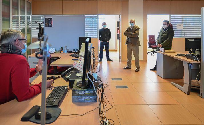 Imagen de la visita a las dependencias donde se edita el Bocyl. /Jta.
