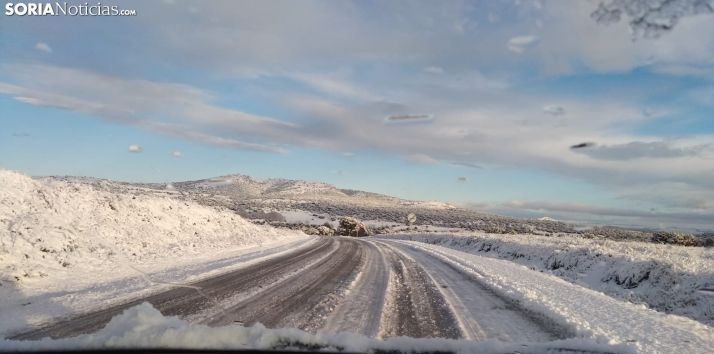 La carretera de Quintana Redonda a Soria esta mañana. SL