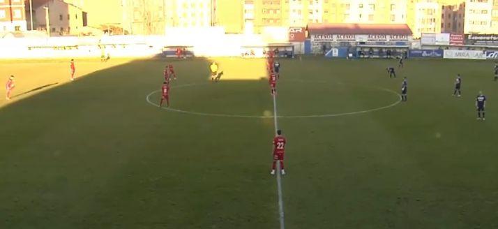 Foto 2 - Directo: dolorosa derrota del Numancia en el campo del Marino de Luanco (1-0)