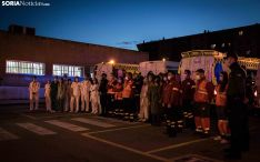 Una imagen del acto celebrado frente al Santa Bárbara este miércoles. /Viksar Fotógrafo