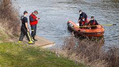 Fotos | Espectacular despliegue para encontrar al joven desparecido en el Duero
